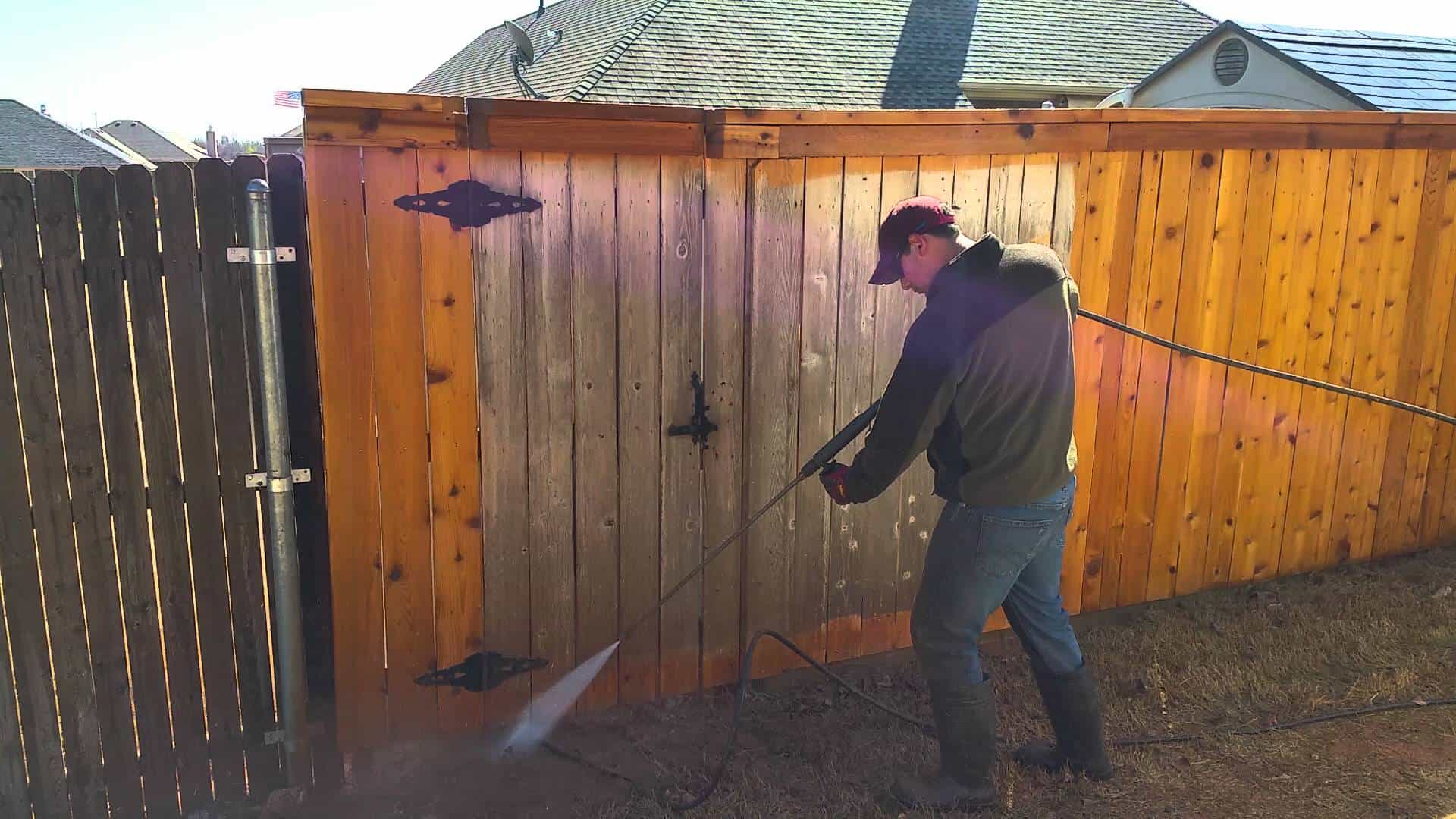 Pressure Washing Your Wooden Fences